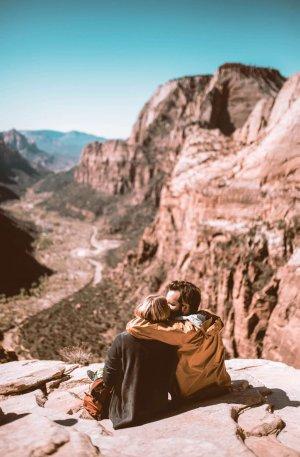 Travel Couple Preset for lightroom to design instagram presets